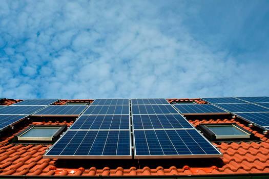 Ventajas de instalar energía solar en casa - CLEVER SOLUTIONS