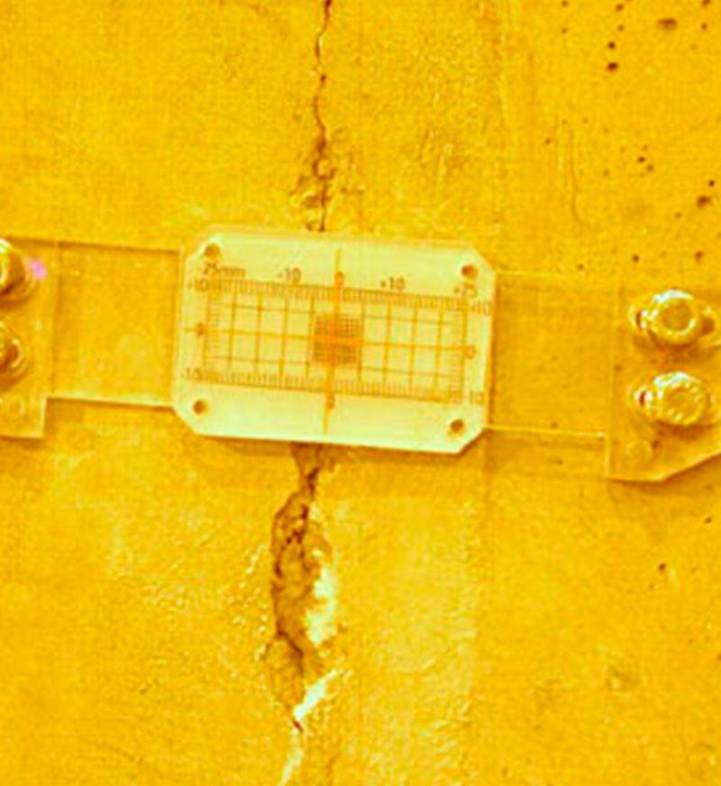 Instrumentación de grietas - Clever Solutions