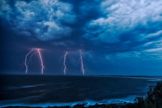¿Grietas en paredes por tormentas de verano? - CLEVER SOLUTIONS